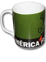 Caneca de Porcelana América - Coelhão