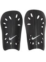 Caneleira Nike J Guard Preta